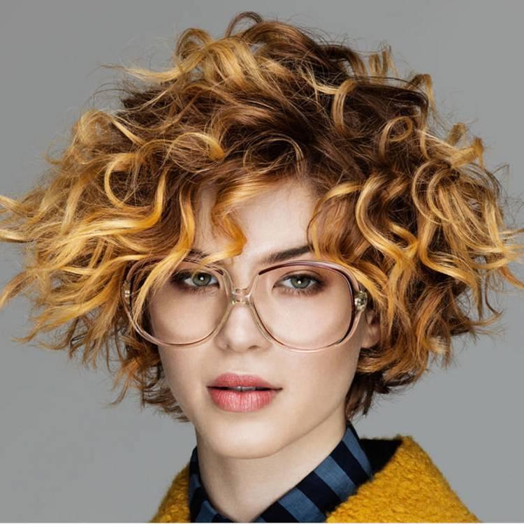 Стрижка Каре на Новый год на средние волосы