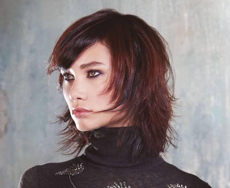 Каскад на средние волосы- универсальная стрижка