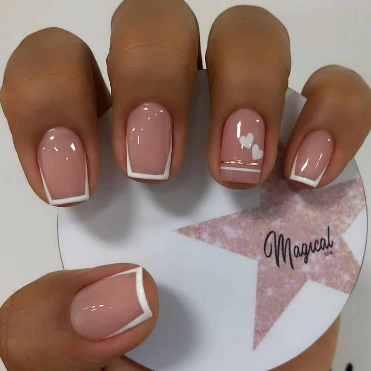 Французский летний маникюр на короткие ногти