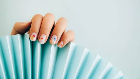 ТОП 5 Новинок: Летний маникюр на короткие ногти