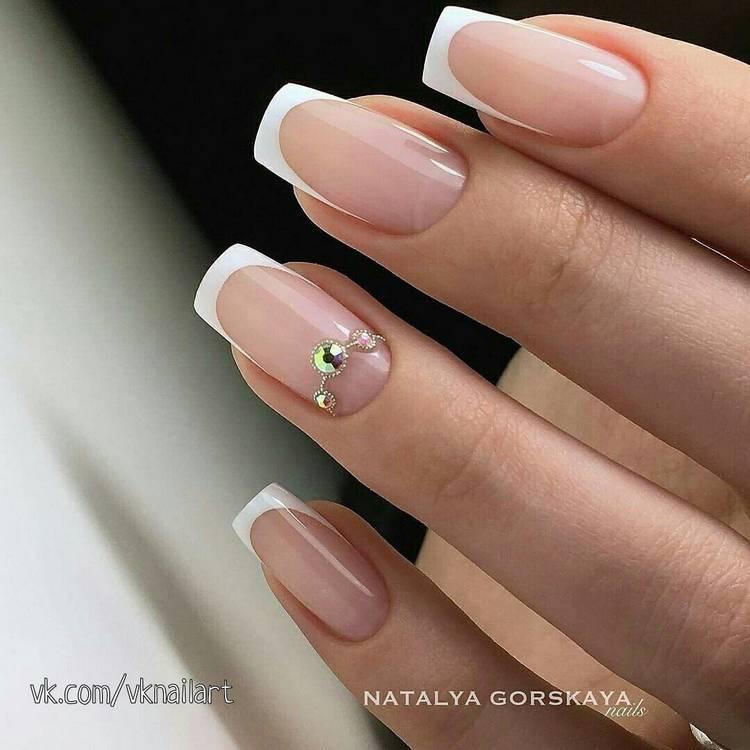 Свадебные ногти с маникюром френч