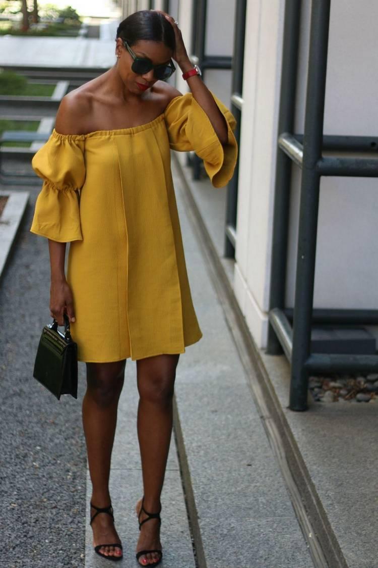 Открытые плечи в платье