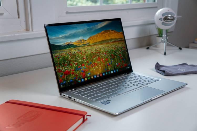 Best-Laptops-for-Remote-Training-Asus-Chromebook-Flip-C434