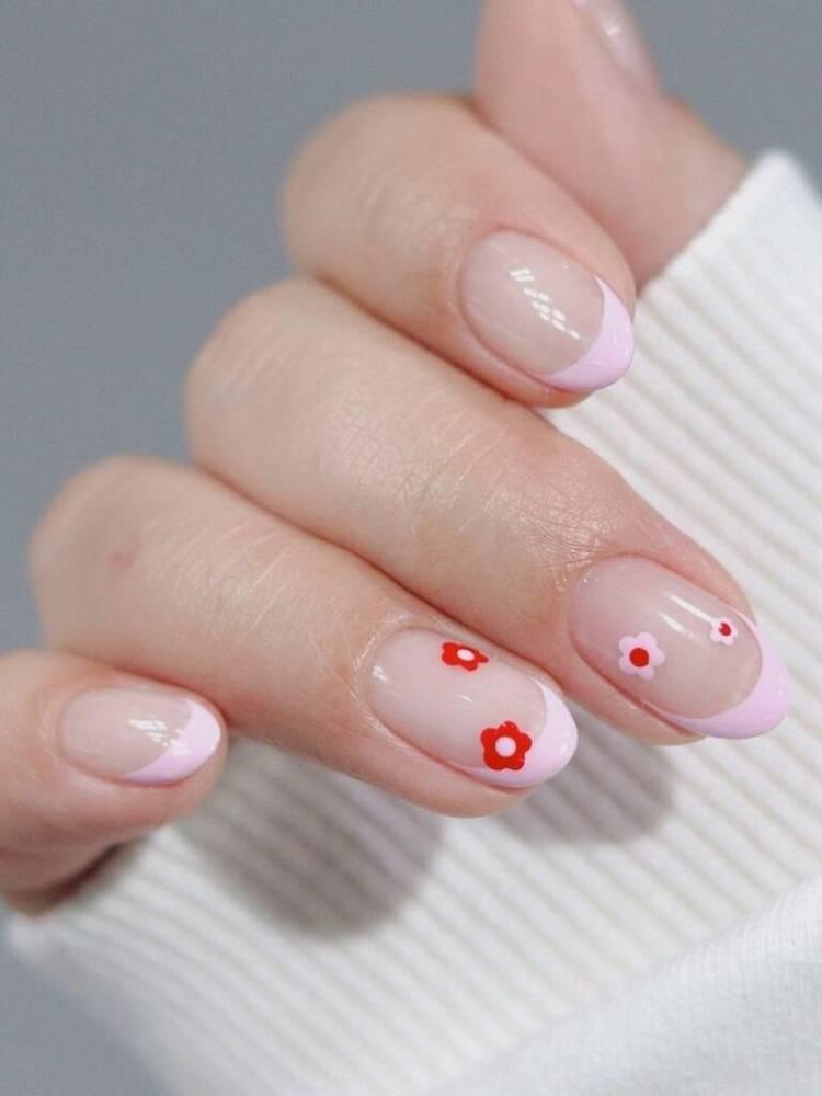 Френч с рисунками на короткие ногти
