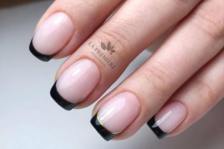 Черный маникюр на короткие ногти френч