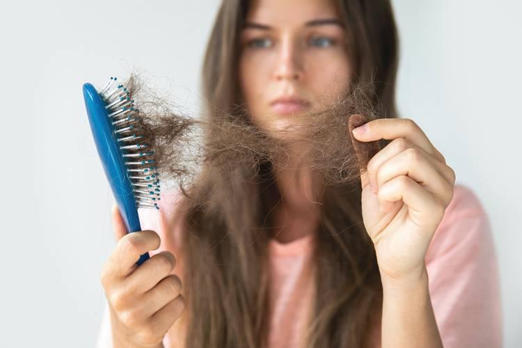 Факторы, влияющие на телогеновое выпадение волос